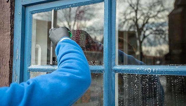 Streeploos schone ramen - Schoonmaak en glazenwasserij JH Heiligerlee