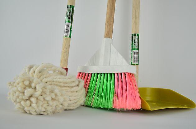 Als het écht schoon moet zijn - Schoonmaak en glazenwasserij JH Heiligerlee