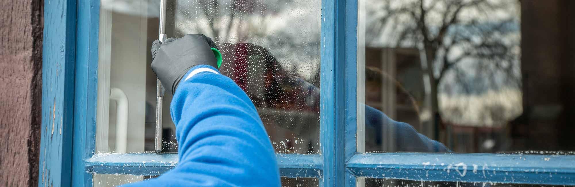 Streeploos wassen - Schoonmaak en glazenwasserij JH Heiligerlee