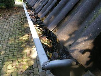 Dakgoot reinigen Schoonmaak en glazenwasserij JH Heiligerlee